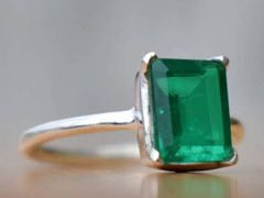 Emerald ring silver